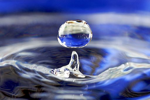 512px-Water_drop_001